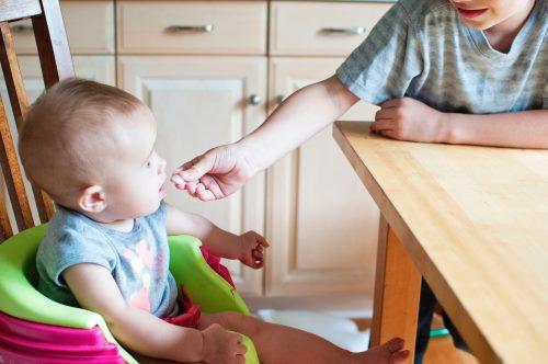 pierwszy posiłek dla niemowlaka