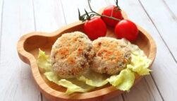 Pieczone kotleciki rybne bez jajka