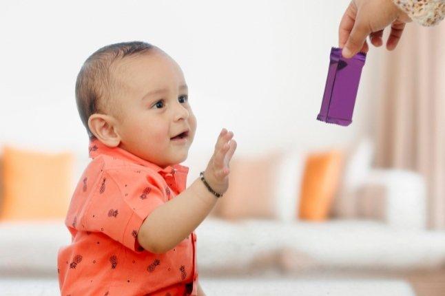 cukier w diecie dziecka kiedy wprowadzić słodycze