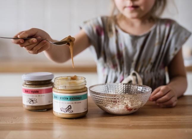 masło orzechowe dla niemowlaka