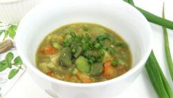 Zupa z bobu (zupa bobowa)